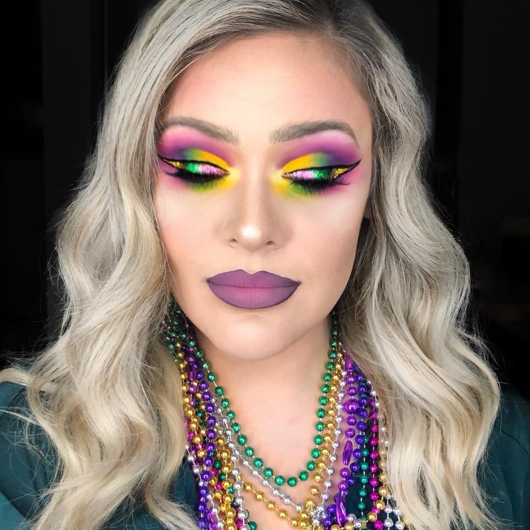 9 Mardi Gras Makeup Tutorials