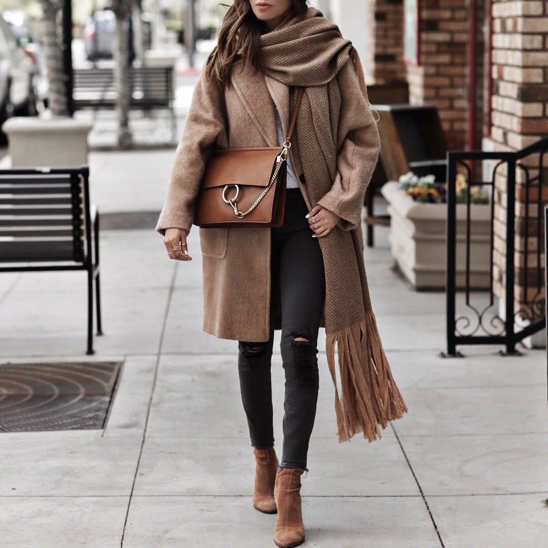 8 Super Stylish Faux Fur Vests ...