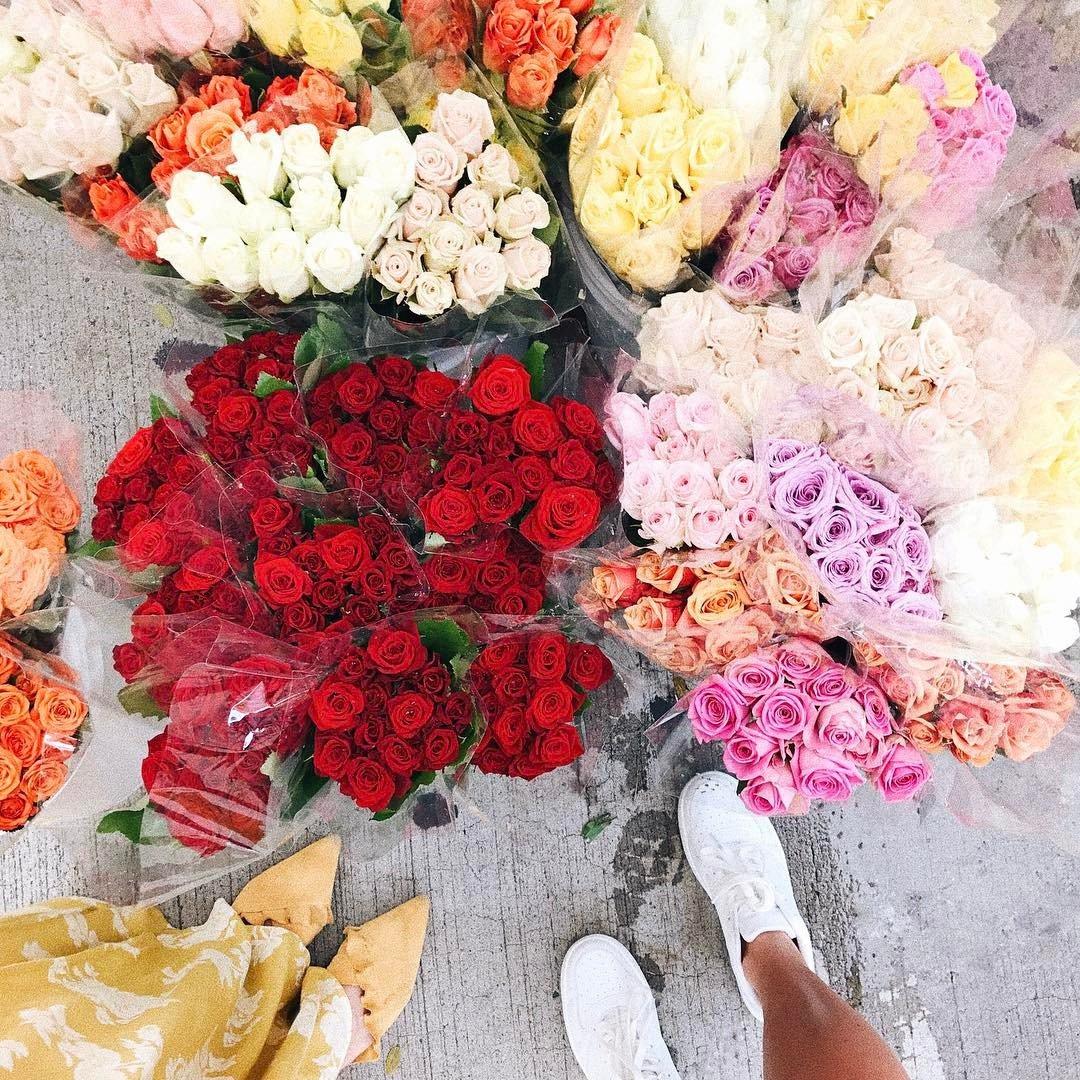 15 Elegant Flower Arrangements Thatll Brighten up Any Room ...