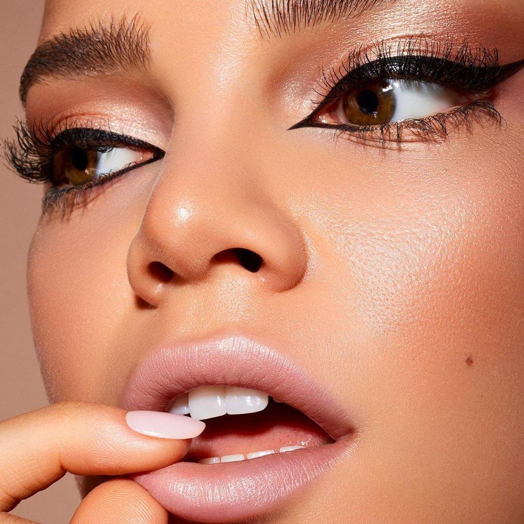 9 Fast Makeup Tips