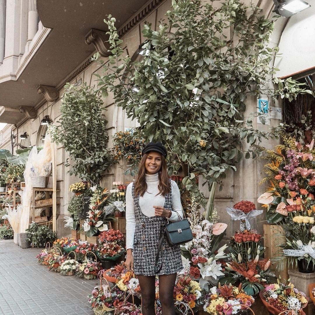 Send Kate Moss Flowers ...
