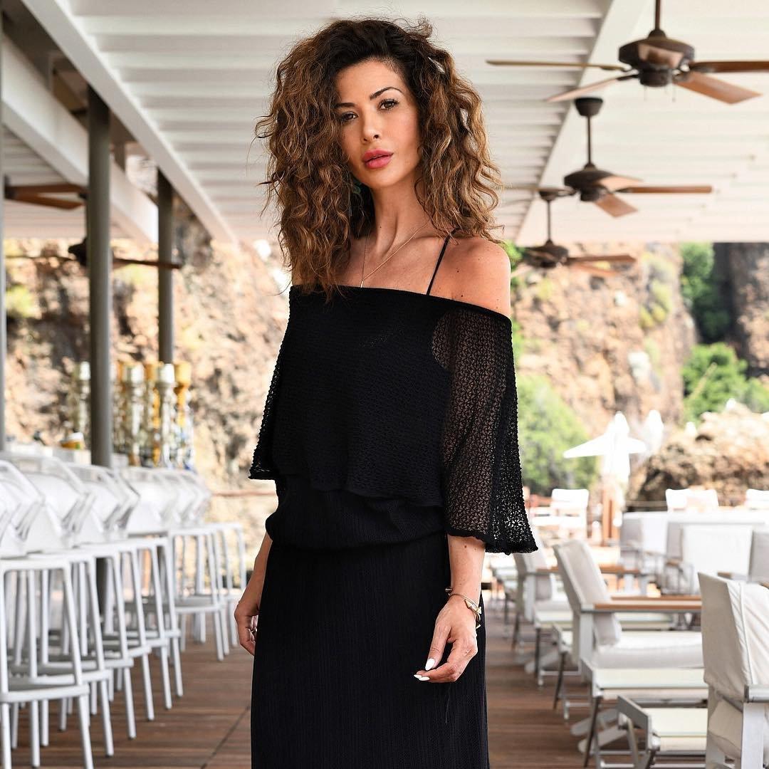 4 Stylish Black Tabitha Simmons Sandals ...