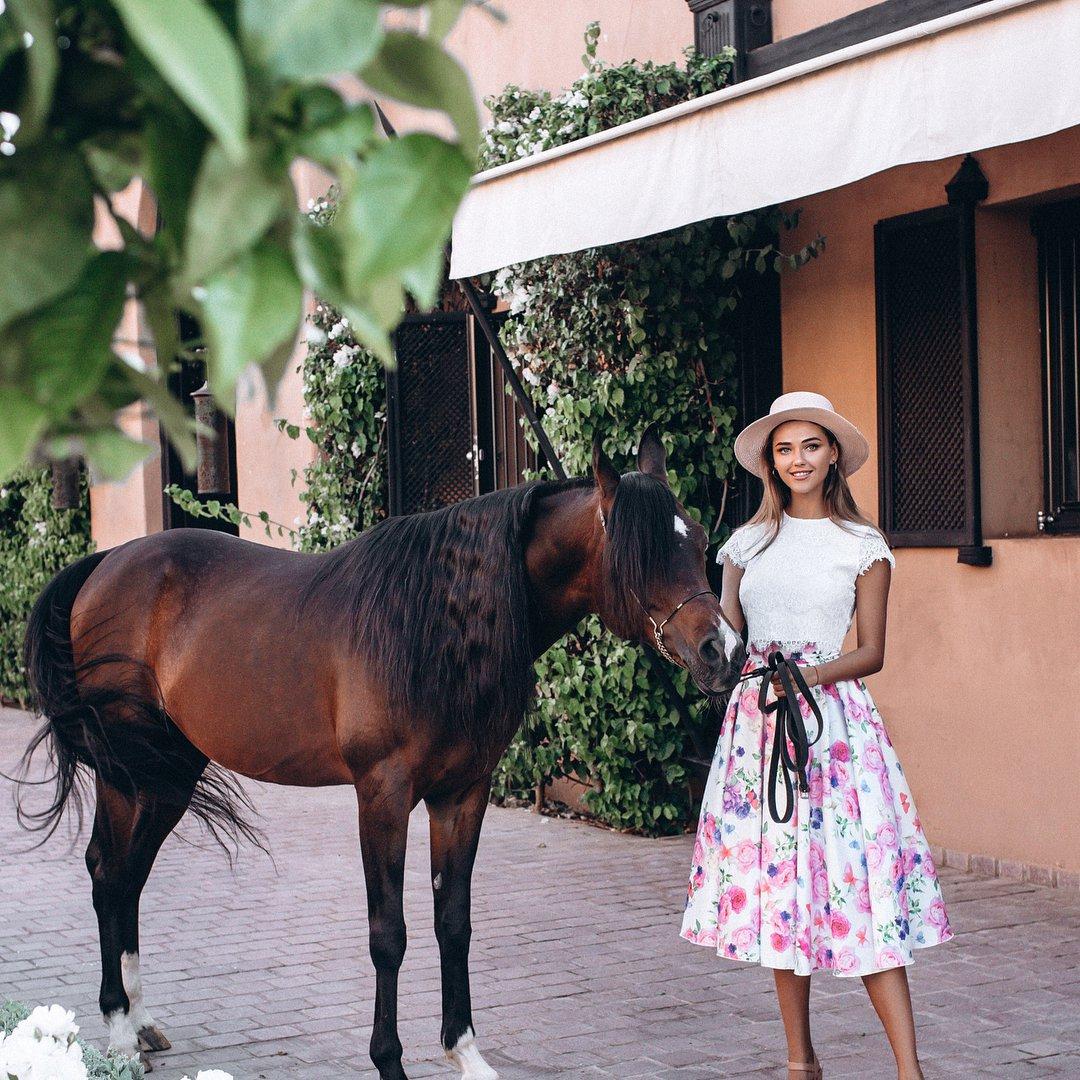 Martha Stewart Rides a Stallion...