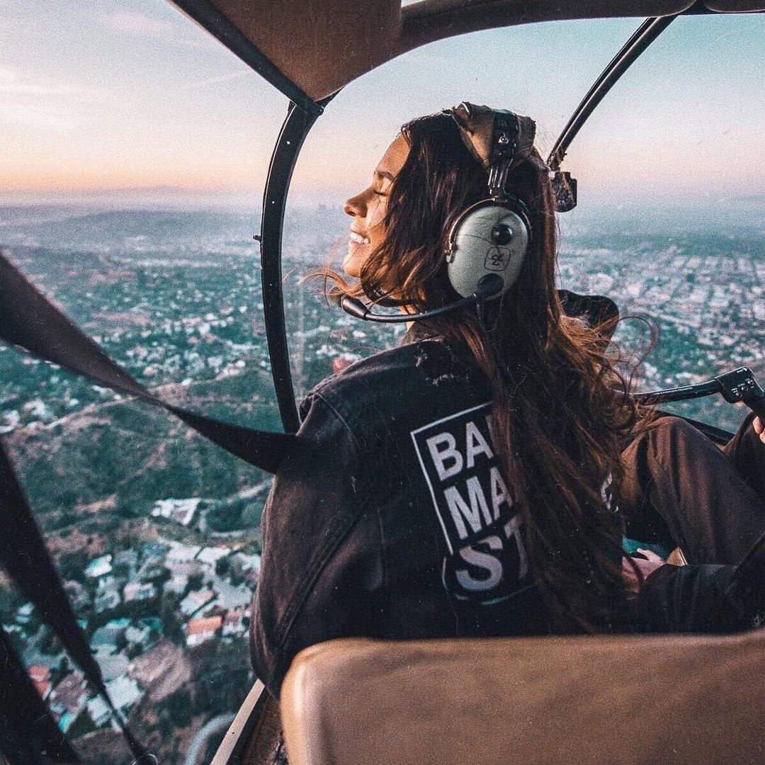 10 Tips for Women  Asking Themselves  How do I Land  My Dream Job  ...