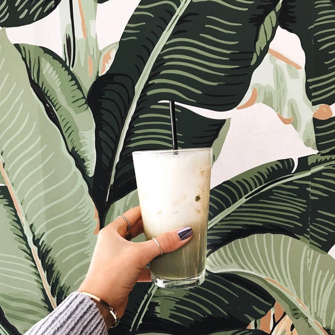 8 Green Tea Benefits Everyone Should Know ...