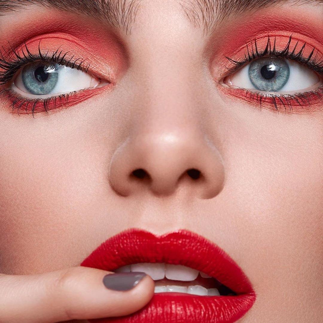 8 Classic Makeup Tutorials for Teenagers ...