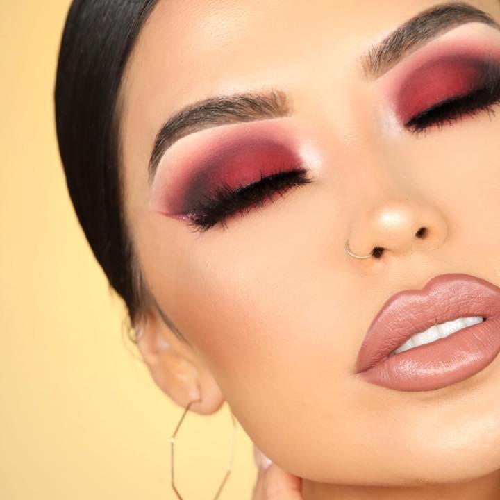8 Wacky Beauty Treatments ...