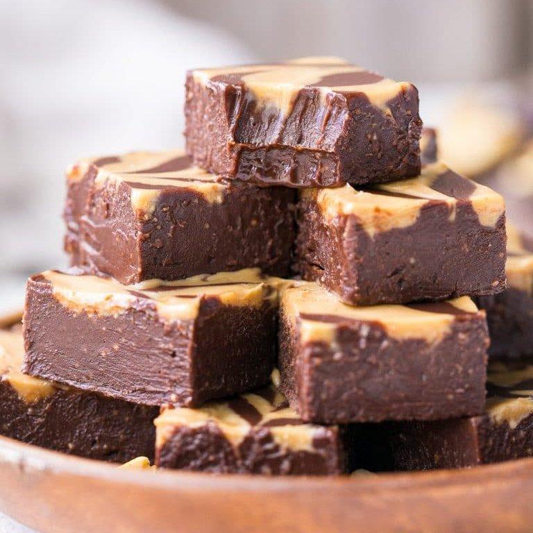 Two Ingredient Chocolate Peanut Butter Fudge ...