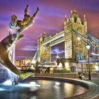 7 London Bridges over the River Thames ...