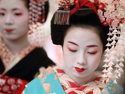 8 Reasons to Visit Japan ...